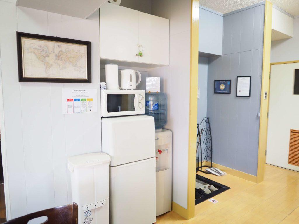 冷蔵庫&ウォーターサーバー|Holiday Homes TSUBOYA 5th